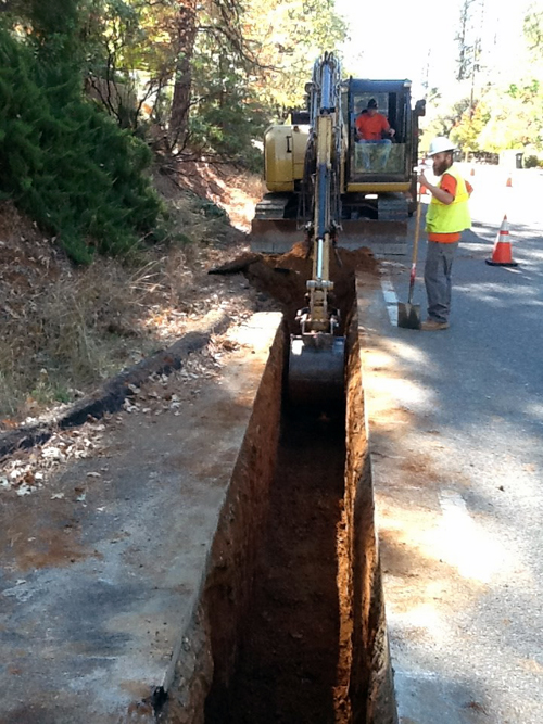Photo showing trenching work at West Park and Woodbury Drives in October 2015